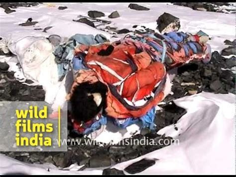 Dead Body on South Col, Everest - YouTube