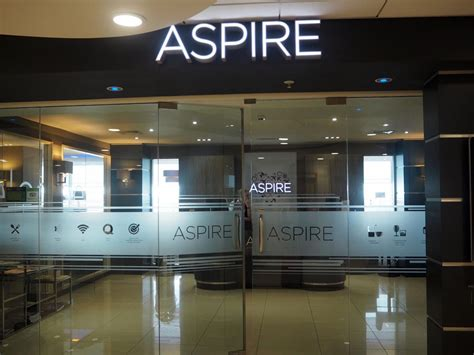 The Secret to Happy Travel? Aspire Lounge at Manchester