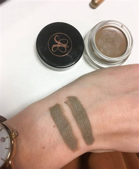 Dipbrow Pomade by Anastasia Beverly Hills