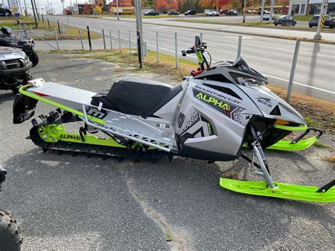 Picotte Motosport in Granby | 2020 Mountain Cat Alpha one