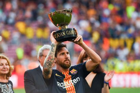 Lionel Messi misses out on UEFA Player of the Year Award