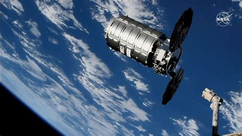 Cygnus Cargo Ship Takes Out the Trash at the International