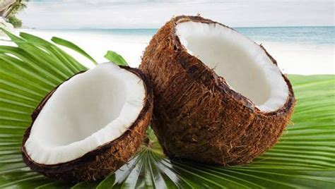 The surprising health benefits of coconuts   MNN - Mother
