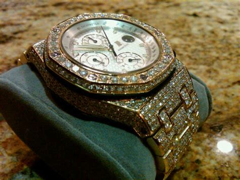 Life Isn't Fair: Just Look At Floyd Mayweather's Watch
