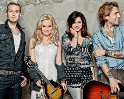 Gloriana Shoot New Video for 'Wanna Take You Home' in